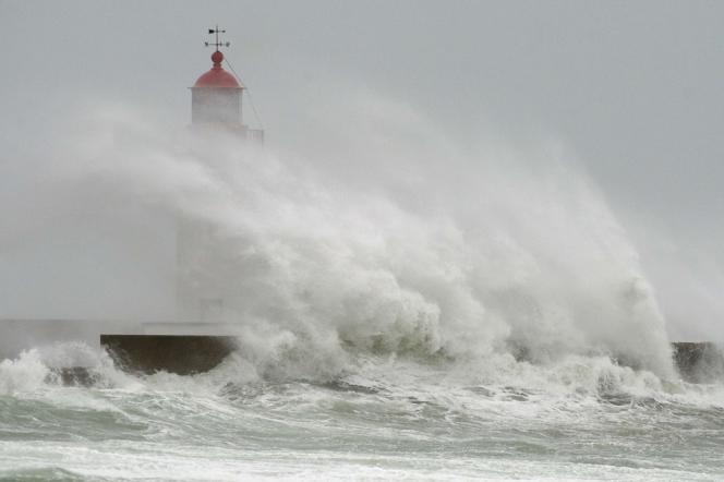 Le phare du Guilvinec, le 14 février 2014.