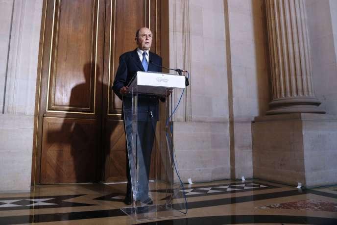Jean-Marc Sauvé, le vice-président du Conseil d'Etat, lors de l'annonce de la décision des hauts magistrats concernant Vincent Lambert, à Paris, le 14 février.