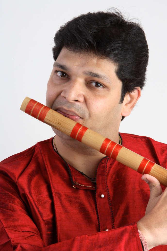 Le flûtiste indien Rakesh Chaurasia.