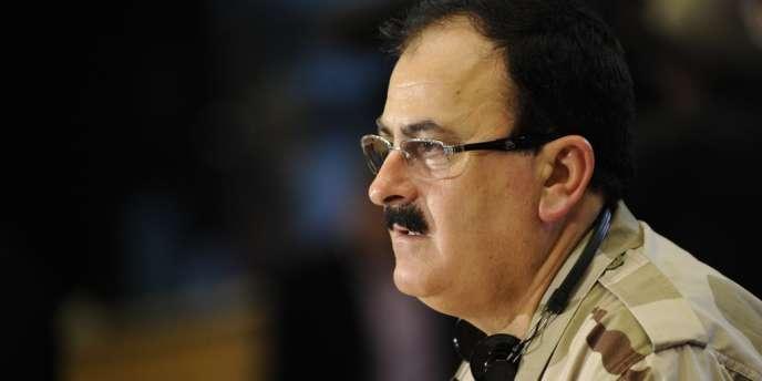 Le principal reproche fait au général Sélim Idriss, nommé en décembre 2012, est « la mauvaise distribution des armes » aux rebelles sur le terrain.