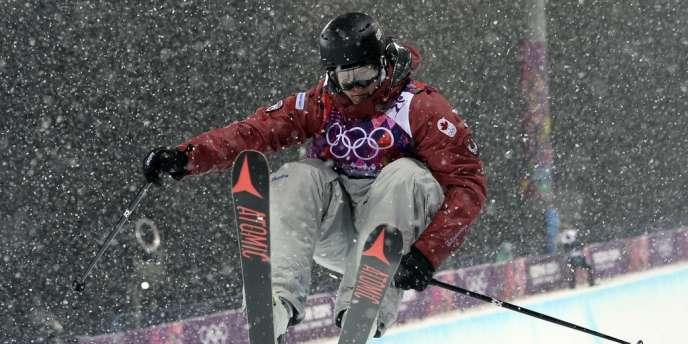 Kevin Rolland remporte le bronze en ski half-pipe, le 18 février.