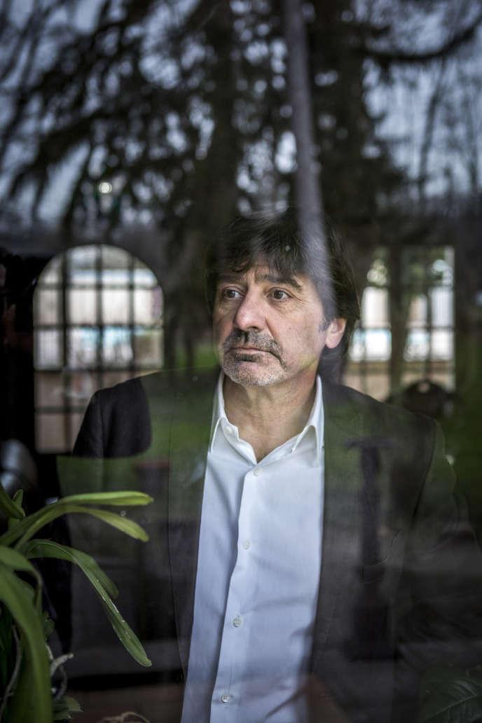 Michel Neyret dans l'hôtel de son épouse, près de Vienne, le 18 février.