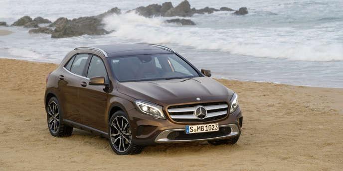 Mercedes-Benz GLA 220 CDI 4MATIC, une sorte de Classe A haute sur pattes et musclée.