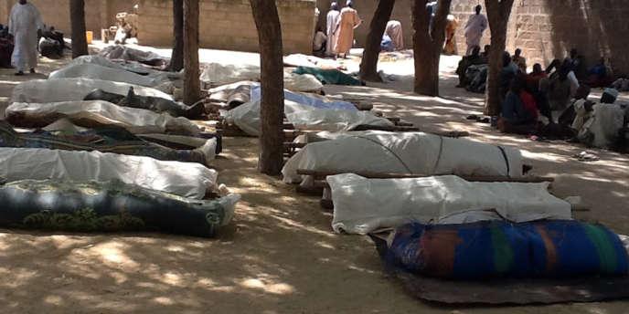 Les corps des trente-neuf tués à Konduga, mercredi.