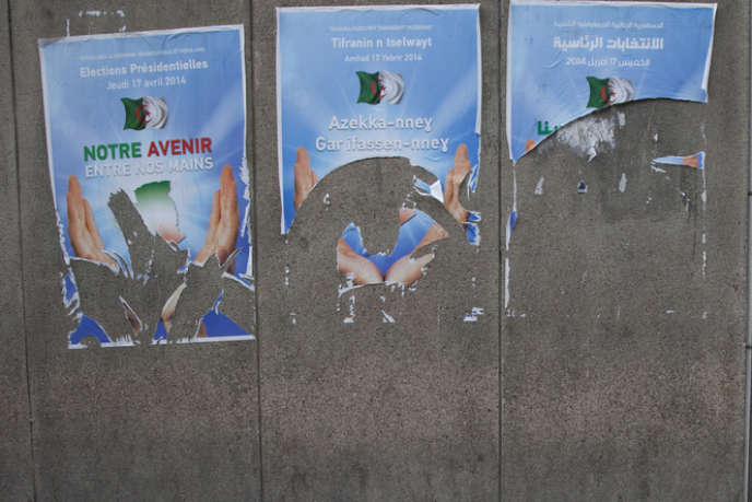 A Alger, affiches d'incitation au vote pour le scrutin présidentiel du 17 avril 2014.