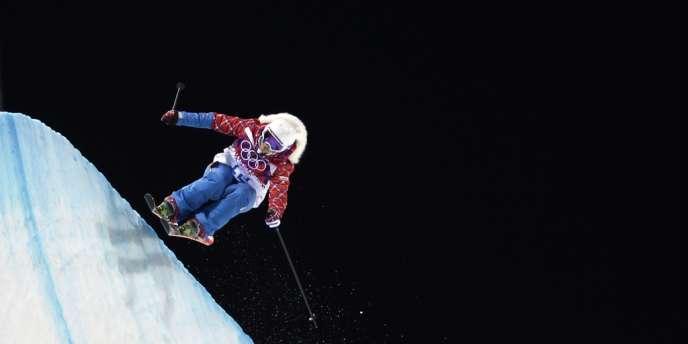 Marie Martinod a remporté l'argent en ski half-pipe, ce jeudi, aux JO de Sotchi.