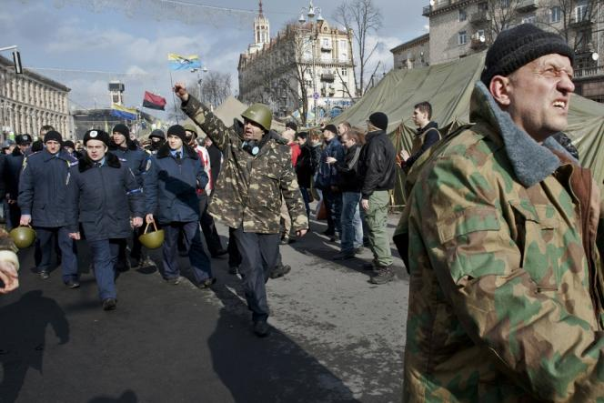 Vendredi 21 février 2014, dans les rues de Lviv