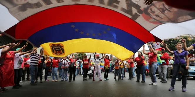 Des manifestants pro-Maduro.