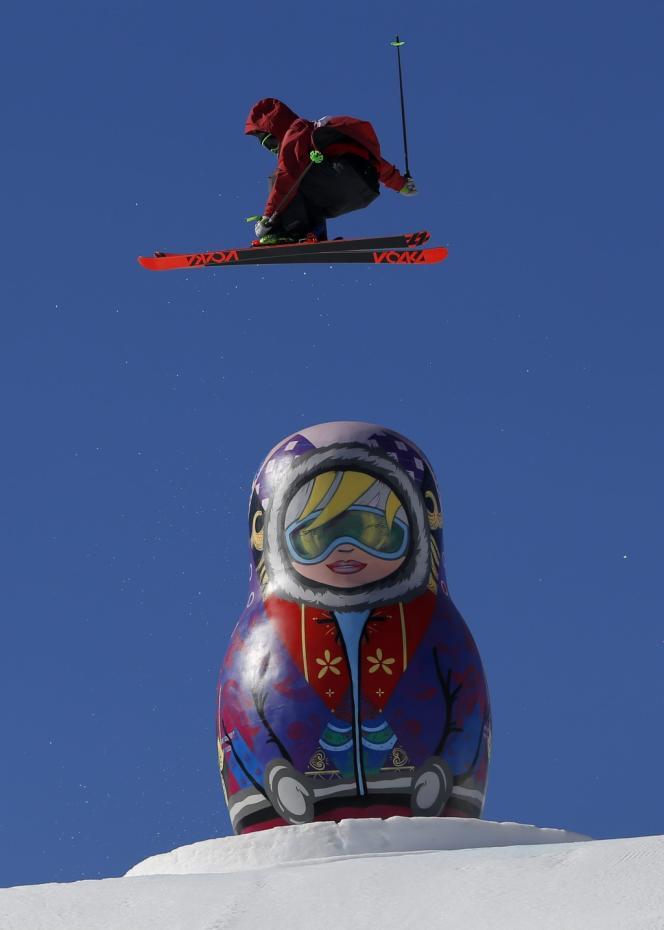 Le Canadien Alex Beaulieu-Marchand, lors de l'épreuve de ski slopestyle, le 13 février.