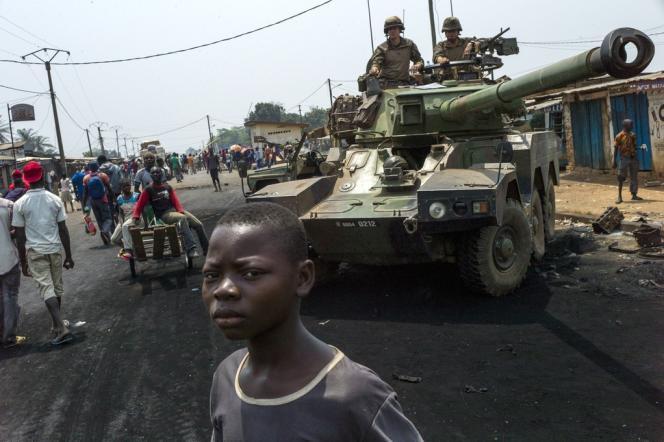 Des troupes françaises engagées en République centrafricaine dans l'opération Sangaris le 18 février ici à Bangui, la capitale.
