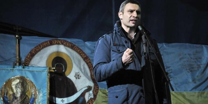 L'ex-champion du monde de boxe Vitali Klitschko avait annoncé en février qu'il se présenterait à la présidentielle anticipée du 25 mai.