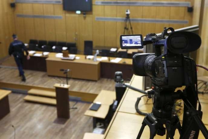 Enregistrement, pour archives, du procès de Pascal Simbikangwa, au palais de justice de Paris, le 4 février.