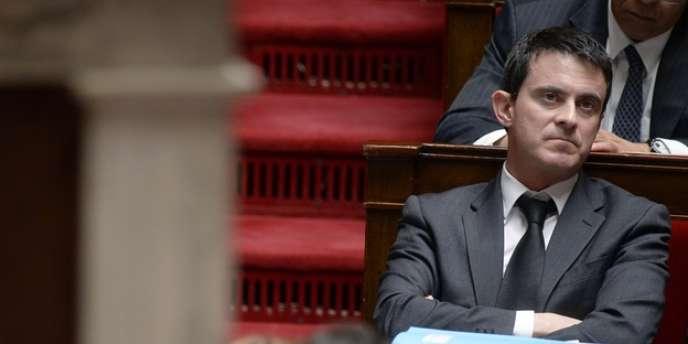 Par solidarité avec leur collègue Claude Goasguen, les membres du groupe UMP n'ont pas participé à la séance des questions au gouvernement, un fait rarissime depuis l'invention de ces séances, en 1974.