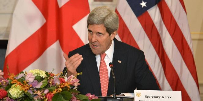 John Kerry s'est fait l'écho de la stupéfaction générale sur les chaînes de télévision américaines alors que les Russes accentuent la pression sur la Crimée.