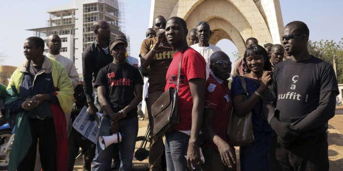 Manifestations à Bamako, le 27 décembre 2013, contre la présence de mouvements armés touareg à Kidal.