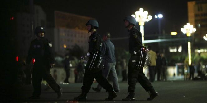 L'attaque, qualifiée de « terroriste » par les agences d'Etat, a eu lieu dans la gare de Kunming, dans le sud-ouest du pays.