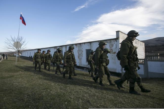 Dans le village de Perevalnoe, près de Simferopol, le 3 mars.