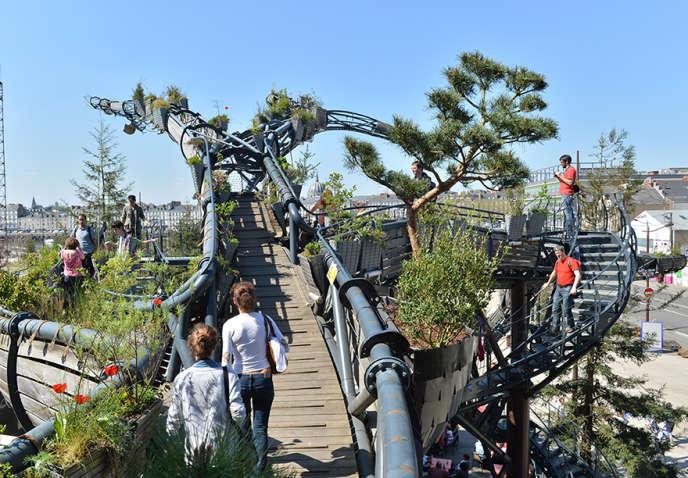 La branche-prototype de l'arbre aux hérons, à Nantes.