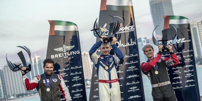 Pilote de la British Airlines dans le civil, Paul Bonhomme a remporté la première place de l'étape inaugurale du Red Bull Air Race.