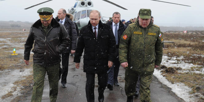 Vladimir Poutine, lors d'un exercice des forces militaires russes, le 3 mars 2014.