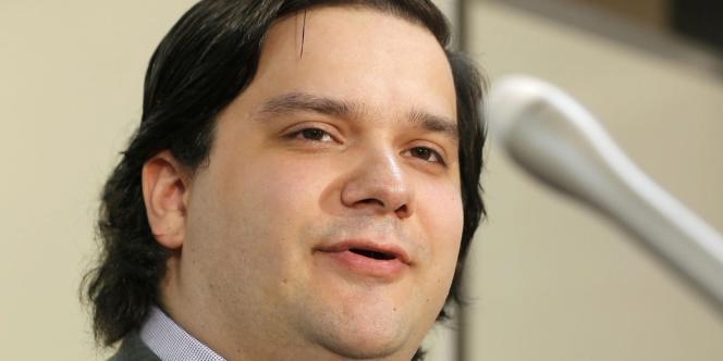 Mark Karpeles, lors d'une conférence de presse le 28 février.
