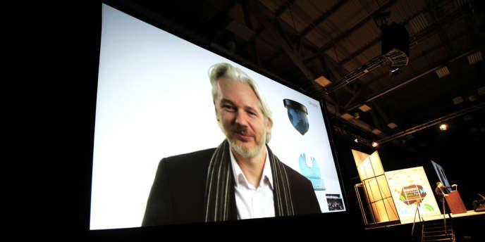 Le co-fondateur de WikiLeaks était à South by Southwest, via Skype depuis son refuge à l'ambassade d'Equateur à Londres. L'occasion pour lui de décrire comment Internet est définitivement devenu un « espace politique » que les gouvernement occidentaux, via leurs agences de surveillance, veulent s'accaparer.