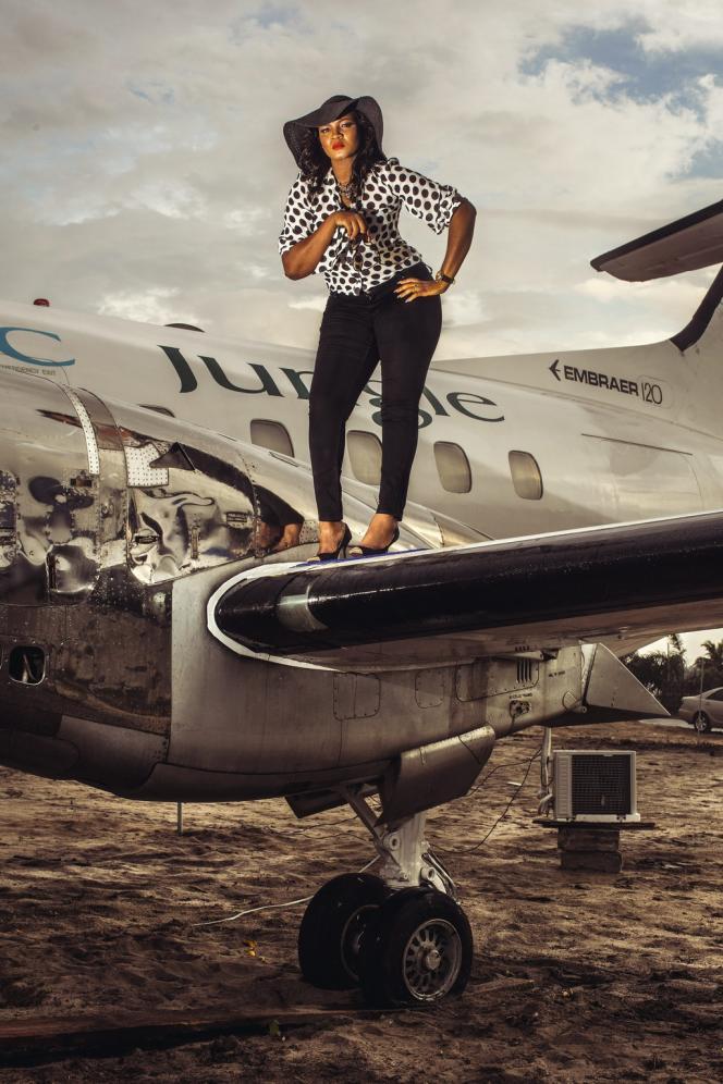 Omotola Jalade Ekeinde, l'actrice star de Nollywood, le cinéma nigérian, sur le tournage d'une série pour la télévision, le 6 décembre 2013.