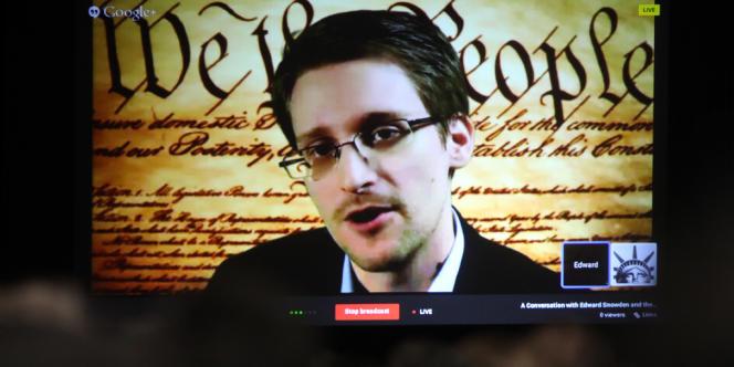 L'ex-consultant de l'Agence nationale de la sécurité américaine Edward Snowden s'exprime, depuis la Russie, au Festival high-tech d'Austin, le 10mars.