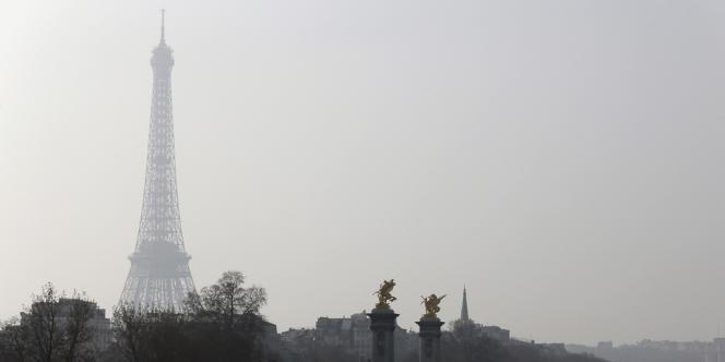 Le 11mars, la pollution aux particules fines frôlait le seuil d'alerte en Ile-de-France.
