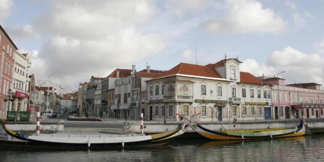 Sur les rives du Tage et de son estuaire, Lisbonne, seul capitale océane d'Europe, est entièrement tournée vers l'Atlantique.
