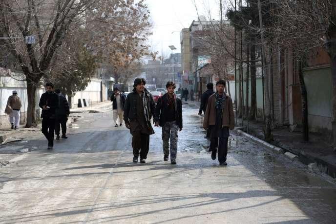 A l'endroit où le journaliste Nils Horner a été assassiné, mardi 11 mars, à Kaboul.