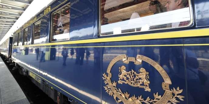 Jeudi 13 mars, l'Orient-Express a rallié, à une allure de tortillard, en plus d'une heure, la gare de Lyon à la gare de l'Est à Paris, en passant par Nogent-sur-Marne.