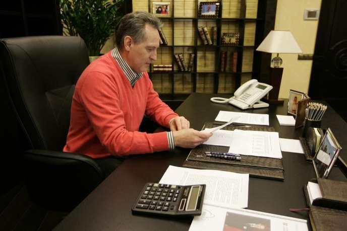 Dmitro Firtach dans son bureau de Kiev, en janvier 2009.