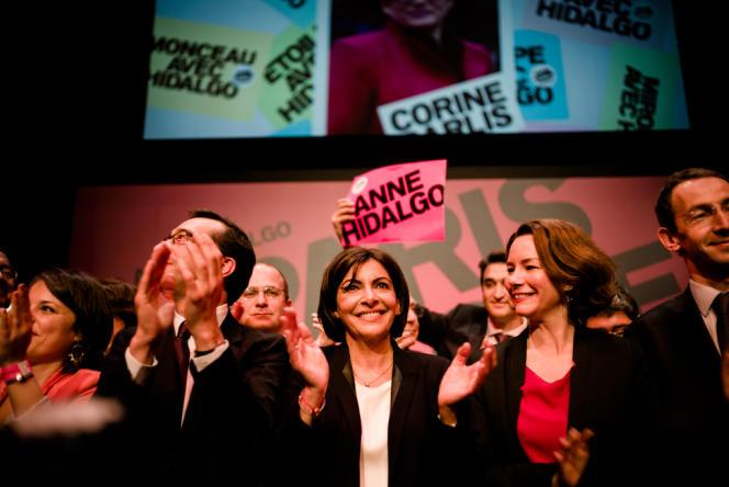 Dernier meeting d'Anne Hidalgo avant le premier tour des élections municipales à Paris, le 13 mars au Cirque d'Hiver.
