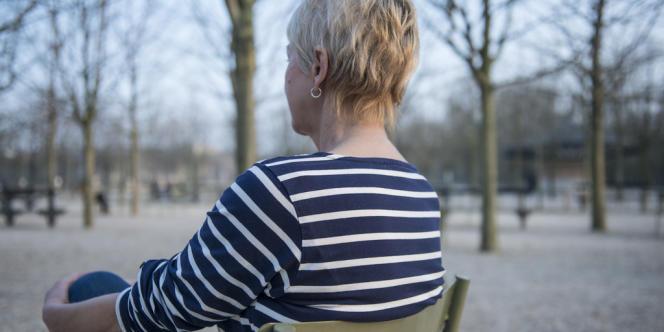 Mélanie (nom d'emprunt), 61 ans, a testé plusieurs thérapies pour traiter son alcoolisme avant de prendre du baclofène en 2012.
