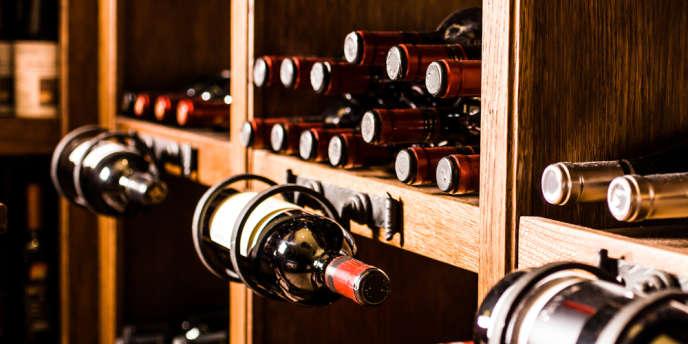 Les volumes récoltés ont été historiquement bas en 2013, poussant les prix des bouteilles vers le haut.