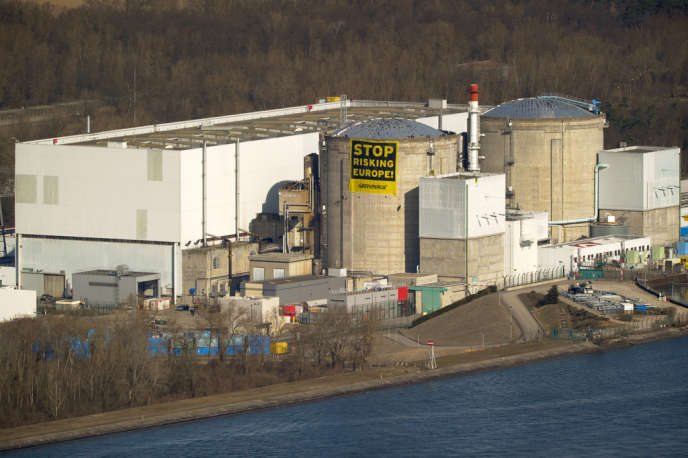 Une cinquantaine d'activistes de Greenpeace s'étaient introduits, enmars 2014, dans l'enceinte de la centrale nucléaire de Fessenheim dans le Haut-Rhin.