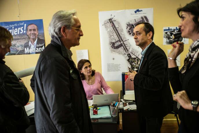 Robert Ménard, candidat soutenu par le Front national pour ˆl'éŽlection municipale ˆà BéŽziers, le 18 mars dans son QG de campagne.