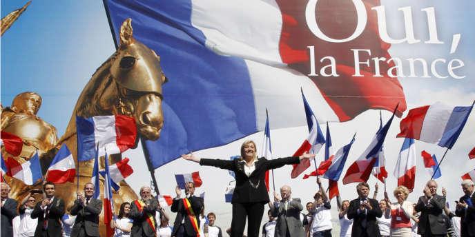Rassemblement du FN le 1er mai 2012, place de l'Opéra, à Paris.
