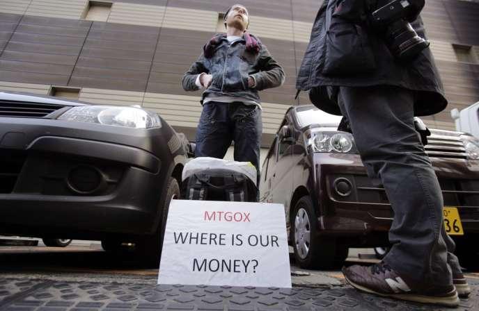 Lors de sa déclaration de faillite le 28 février, MtGox, société sise au Japon et dirigée par le Français Mark Karpelès, avait indiqué avoir perdu 750 000 bitcoins appartenant à des clients et 100 000 à la société elle-même.