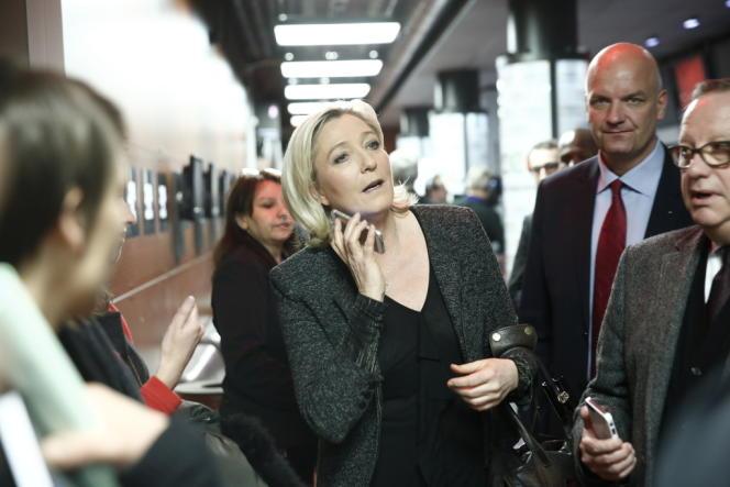 Marine Le Pen dans les locaux de France Télévisions, le 23 mars.