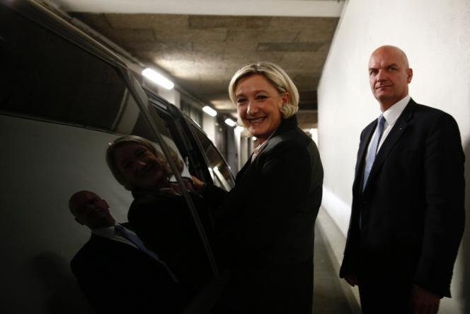 Marine Le Pen quitte les locaux de France Télévisions. Avec au moins dix villes conquises par le parti frontiste, Marine Le Pen a réussi son pari.