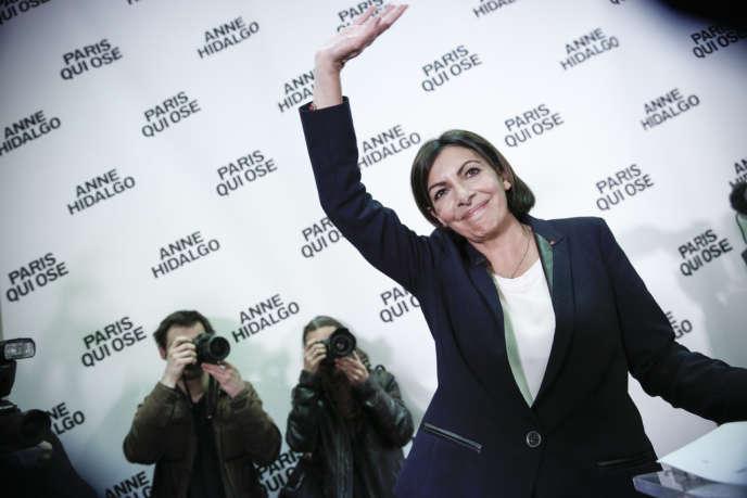 Municipales 2014 Anne Hidalgo Devient La Premiere Femme Maire De
