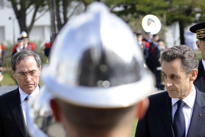 Claude Guéant, alors ministre de l'intérieur, et Nicolas Sarkozy, en mars 2011.