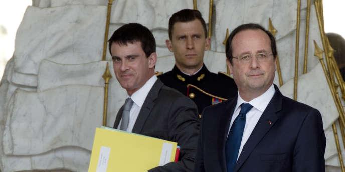 Manuel Valls et François Hollande à l'Elysée, le 19 mars.