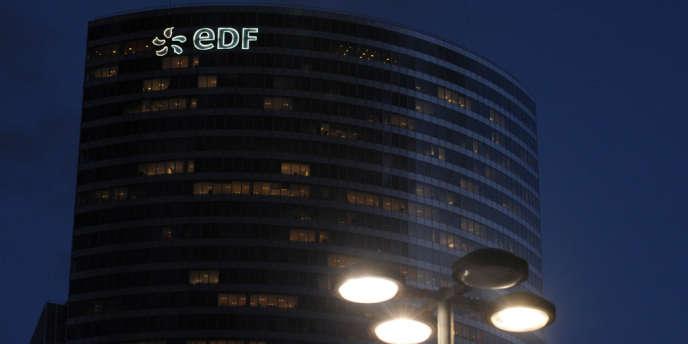 La tour EDF à La Défense. Le Conseil d'Etat a recommandé l'annulation de l'arrêté limitant la hausse des prix de l'électricité à 2%.