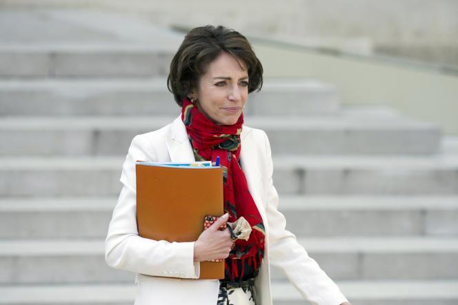Marisol Touraine, ministre des affaires sociales et de la santé souhaite retirer le statut spécial de certains médicaments.