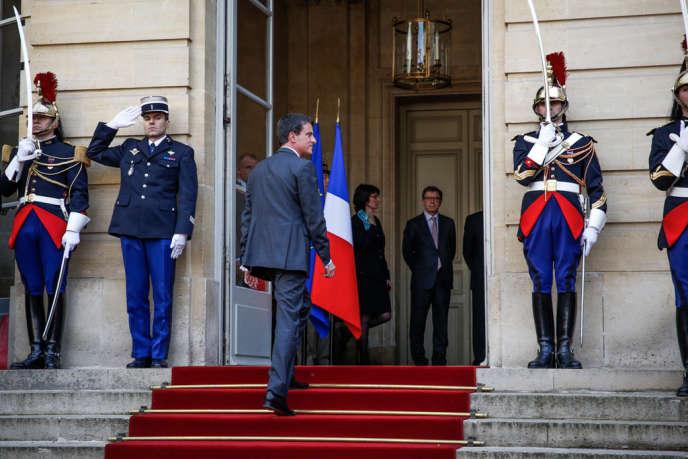 Manuel Valls à Matignon, le 1er avril.