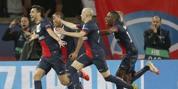 Pastore poursuivi par ses coéquipiers après le 3e but du PSG.
