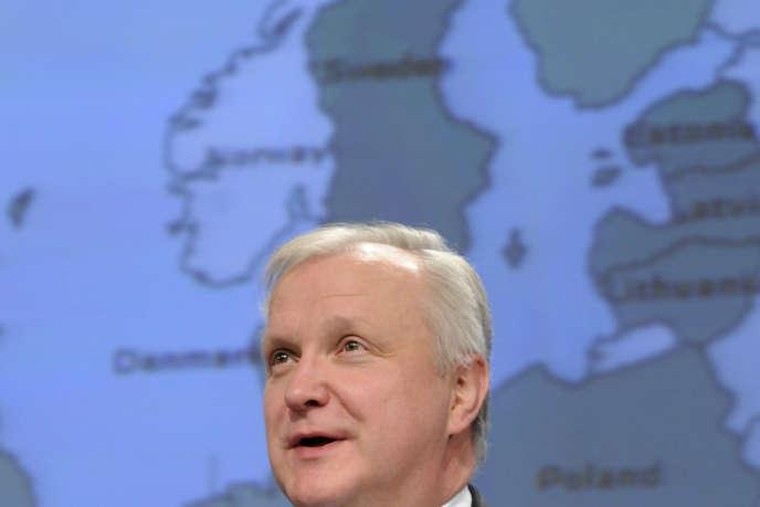 Olli Rehn, commissaire aux affaires économiques et monétaires, lors d'une conférence de presse, à Bruxelles, le 5 mars 2014.